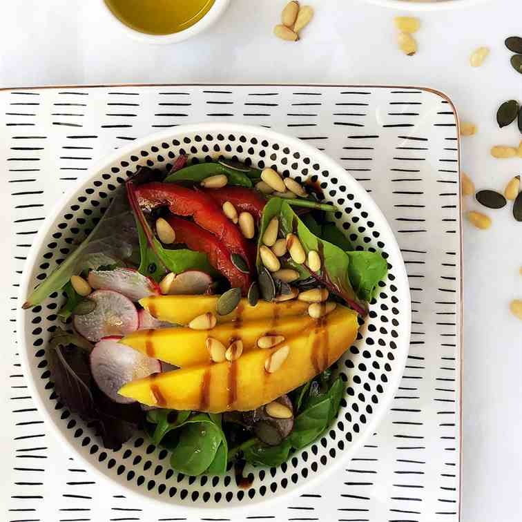 Green Mango and Pine Nuts Salad