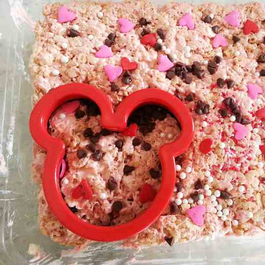 Minnie Mouse Rice Krispie Treats Recipe