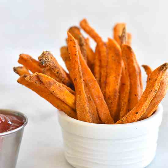 Crispy Paleo Baked Sweet Potato Fries